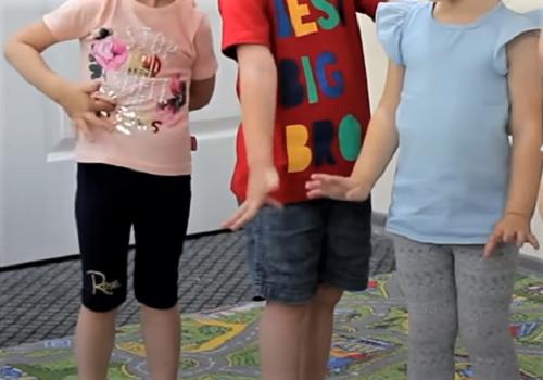 Игра для развития гибкости для детей